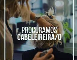 PRECISAMOS DE CABELEIREIRA