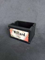 Cinzeiro representando uma Caixa de Bateria em Miniatura.