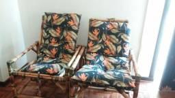 Cadeiras de bambu