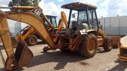 Retroescavadeira CAT 416D 4x4 2004
