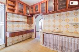 Casa com 234m² e 3 quartos