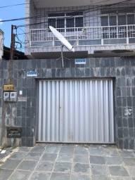 Título do anúncio: Casa na Rua dos Estudantes, nº 287 (casa de baixo), no bairro Getúlio Vargas