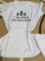 T-shirt, vestido festa e cardigã