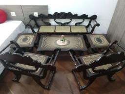 Móveis Antigos em Madeira de Lei - 6 peças