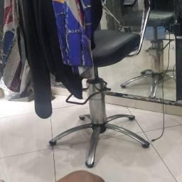 Técnico em cadeira hidráulica