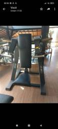 Desenvolvimento Shoulder Press