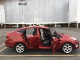 Título do anúncio: Carro New Fiesta 1.6 Oportunidade