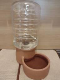 Bebedouro de cerâmica pet