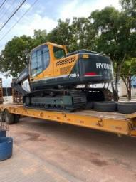 Hyundai 220 escavadeira