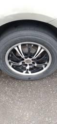 Título do anúncio: Troco rodas 15 por outro modelo