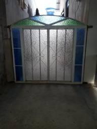 Janela de Ferro c/ vidro