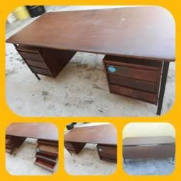 Mesa escritorio retrô