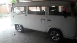 Kombi ano 2000 rodas liga leve pneus bons kit gas vendo ou troco - 2000