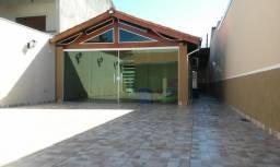 Ótima casa com 2 dorm. no jd. aeroporto. Terreno de 7 x 30 m. 140 m² de a/c