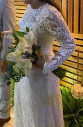 Belíssimo vestido de noiva