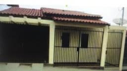 Aluga-se casa próximo ao Shopping Rio Verde