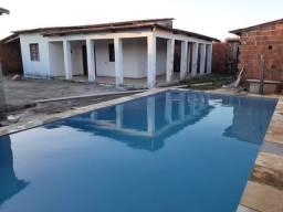 Casa com piscina (Apenas venda)