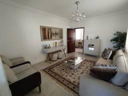 Título do anúncio: Casa a Venda com 03 quartos sendo 01 suíte, com 203 m², 03 vagas de garagem em Itapebussu,