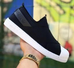 Adidas slip On em super oferta vem no zap