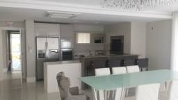 Título do anúncio: Venda Lindo Apartamento Aceita Permuta no Centro de Balneário Camboriú