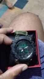 Relógio G-shock pouco tempo de uso