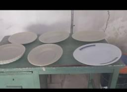 Travessas e pratos duralex