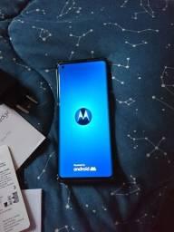 Vendo smartphone Motorola edge