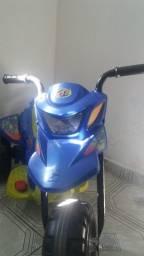 moto Eletrica infantil  (usada)