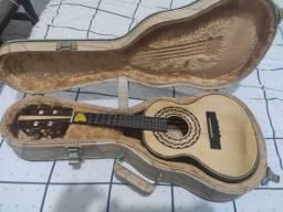 Cavaco Imbuía, Ferreira Luthier com Case