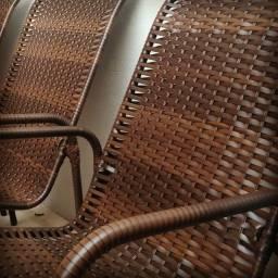 Cadeiras de descanso na fibra sintética (junco)