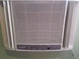 Ar condicionado 7.500 gelando perfeitamente  digital  faço rolo