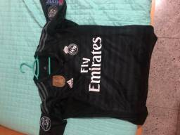 Camisa Real Madrid com PATCH COURTOIS