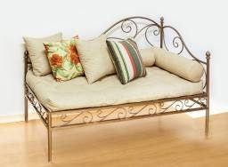 Sofá Recamier Chaise em Ferro Forjado Design Decorativo em super promoção. Única peça.