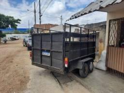 Título do anúncio: Vendo reboque boiadeiro truck, emplacado até o ano de 2023