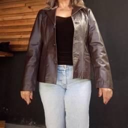 Jaqueta em couro marrom