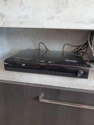 DVD Player LG Full HD com cabo HDMI