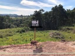 Terreno de 1036² em Condomínio Fechado - Santa Isabel