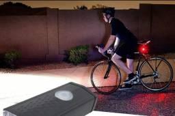 Título do anúncio: Kit Lanterna E Farol Bicicleta Luz Ultra Led A Prova D'água