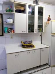 Cozinha , balcões e paneleiro