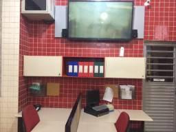 Estação De Trabalho Com 4 Lugares, Cadeiras, Nichos ,Tv E AR inverter