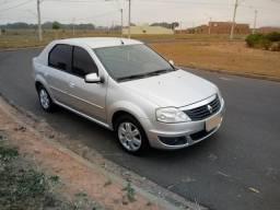 Renault Logan 1.6 8v - 2011