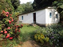 Alugo casa 4 quartos com quintal Cariacica operario marcilio Viana (não paga água)