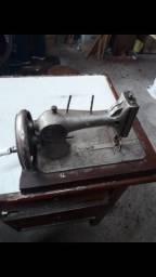 Maquina Antiga De Costura A Mão