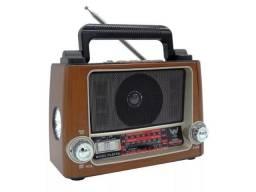 Caixa De Som Ltomex Radio Vintage Lanterna Am Fm Mp3 J-028/ Gisele