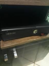 Xbox 360 seminovo + 6 jogos originais