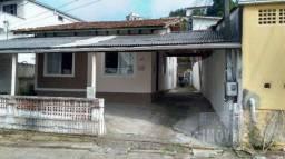 Casa à venda com 4 dormitórios em Trindade, Florianópolis cod:3679