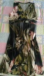 0ff37aaf72 Vestido estampado floral (fundo grafite) em malha liganete   Plus Size - Tam