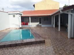 Casa Edicula com piscina