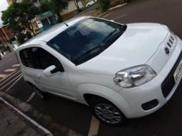 Fiat Uno Vivace Celebration 3portas - 2012