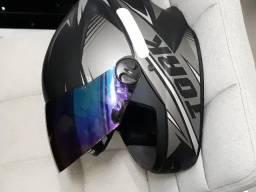 Vendo capacete pro tork